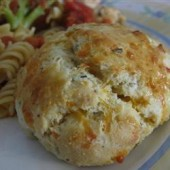 Easy,Cheddar,Biscuits,with,Fresh,Herbs