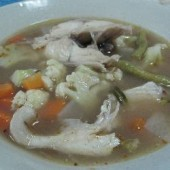 Geng,som,pla,(Sour,curry,with,vegetables,and,fish)