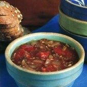 Hearty,tomato,and,lentil,soup
