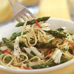 Linguine with lobster & asparagus | recipes | The Halal World