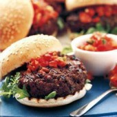 Mediterranean,beefburgers,with,red-hot,tomato,salsa