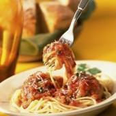 Spaghetti,with,fresh,tomato,sauce