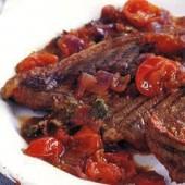 Steak,with,puttanesca,sauce