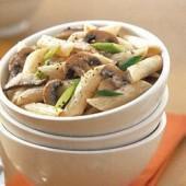 Penne,with,creamy,mushroom,sauce