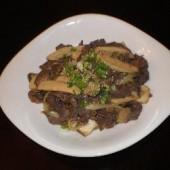 Saesongiee,Kogi,Bukeum,(Oyster,mushroom,&,Beef)